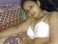 Desi Hot Maal1